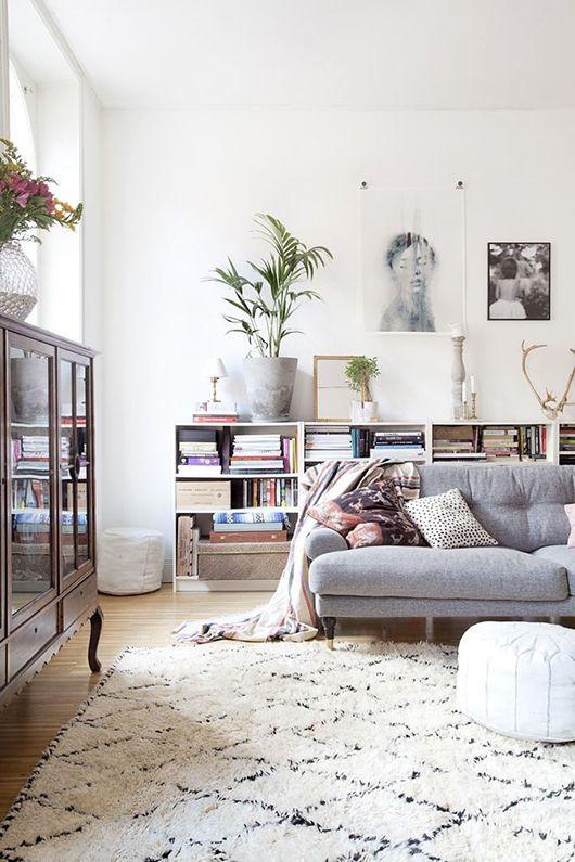 0202-ideias-para-preencher-espaco-atras-do-sofa