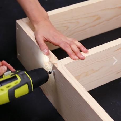 04-diy-aprenda-a-fazer-uma-estante-tipo-despensa-para-a-cozinha