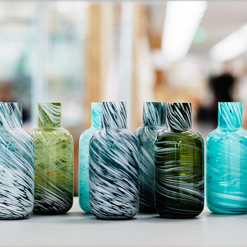 04-nova-linha-de-moveis-da-ikea-e-produzida-com-materiais-reciclados