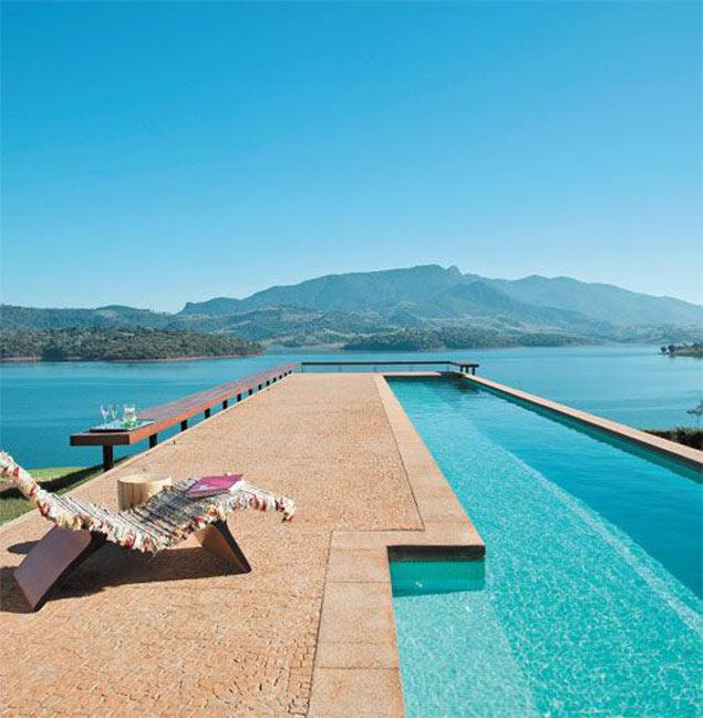 09-retrospectiva-10-piscinas-que-fizeram-sucesso-no-pinterest-em-2015