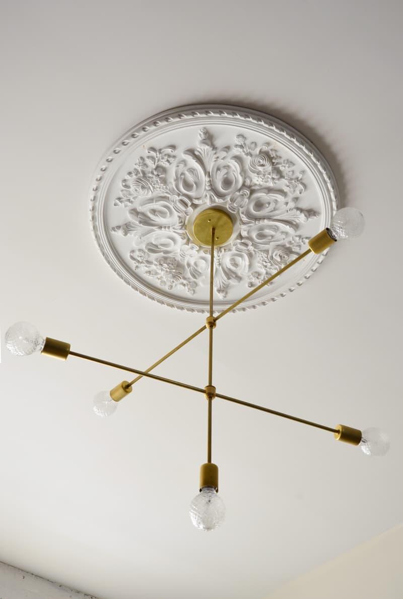 lustre-articulado-com-varias-lampadas-dourado