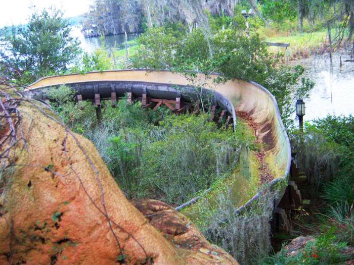 12a-parques-de-diversoes-abandonados-mais-medonhos-do-mundo