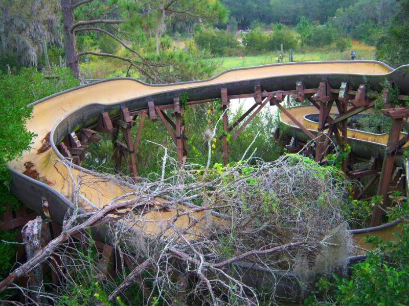 12b-parques-de-diversoes-abandonados-mais-medonhos-do-mundo