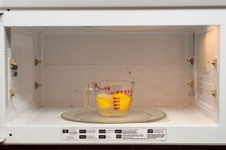 3-11-alimentos-que-viram-otimos-produtos-de-limpeza