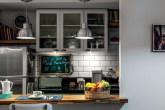 destaque-reforma-integra-cozinha-em-estilo-europeu-a-sala