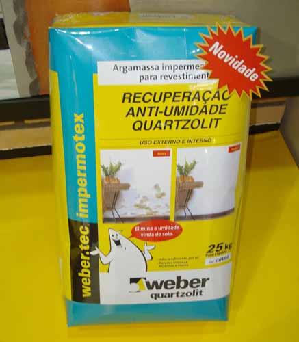 A Quatzolit lançou na Feicon o revestimento com impermeabilizante para locai...