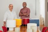 home-nova-luminarias-reinventam-materiais-como-tubos-de-pvc