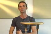 marcelo-darghan-ensina-a-recuperar-uma-mesa-antiga-com-pintura-e-decupagem