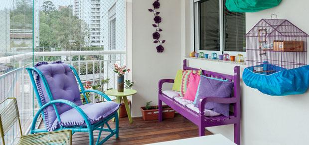 varanda-de-apartamento-ganha-cores-e-revestimentos-novos