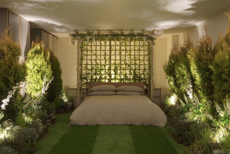 4-airbnb-e-pantone-fazem-parceria-e-criam-casa-com-lindos-jardins