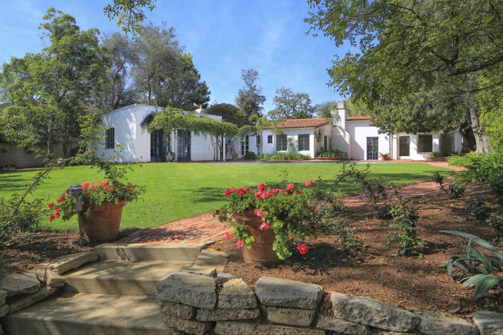 Primeira casa comprada por Marilyn Monroe está à venda