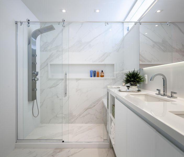 Box de vidro no banheiro