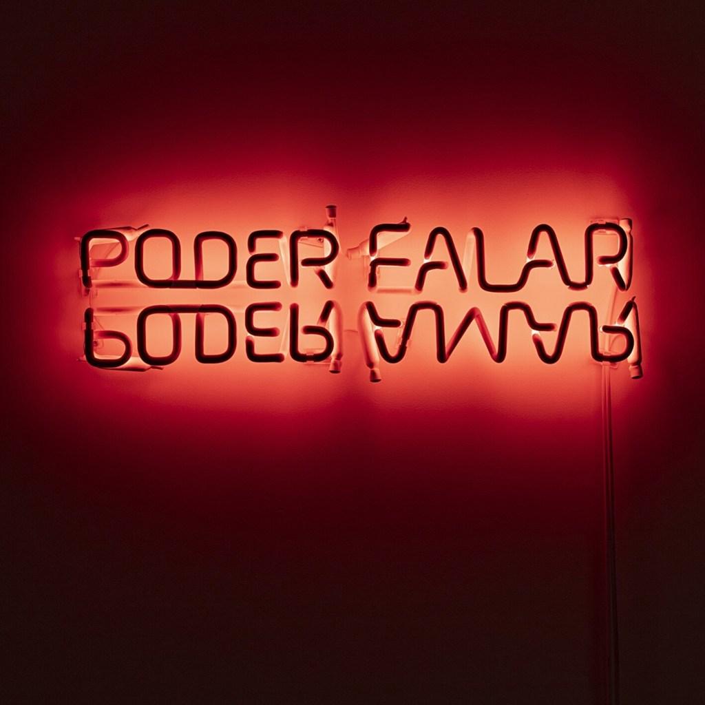 Poder Falar, de Regina Parra, na Carbono Galeria