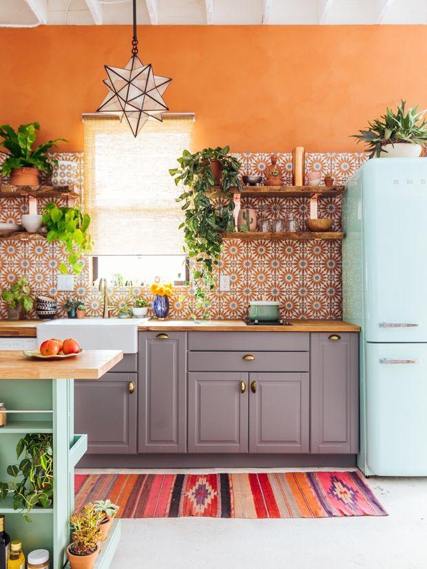cozinha colorida no estilo boho