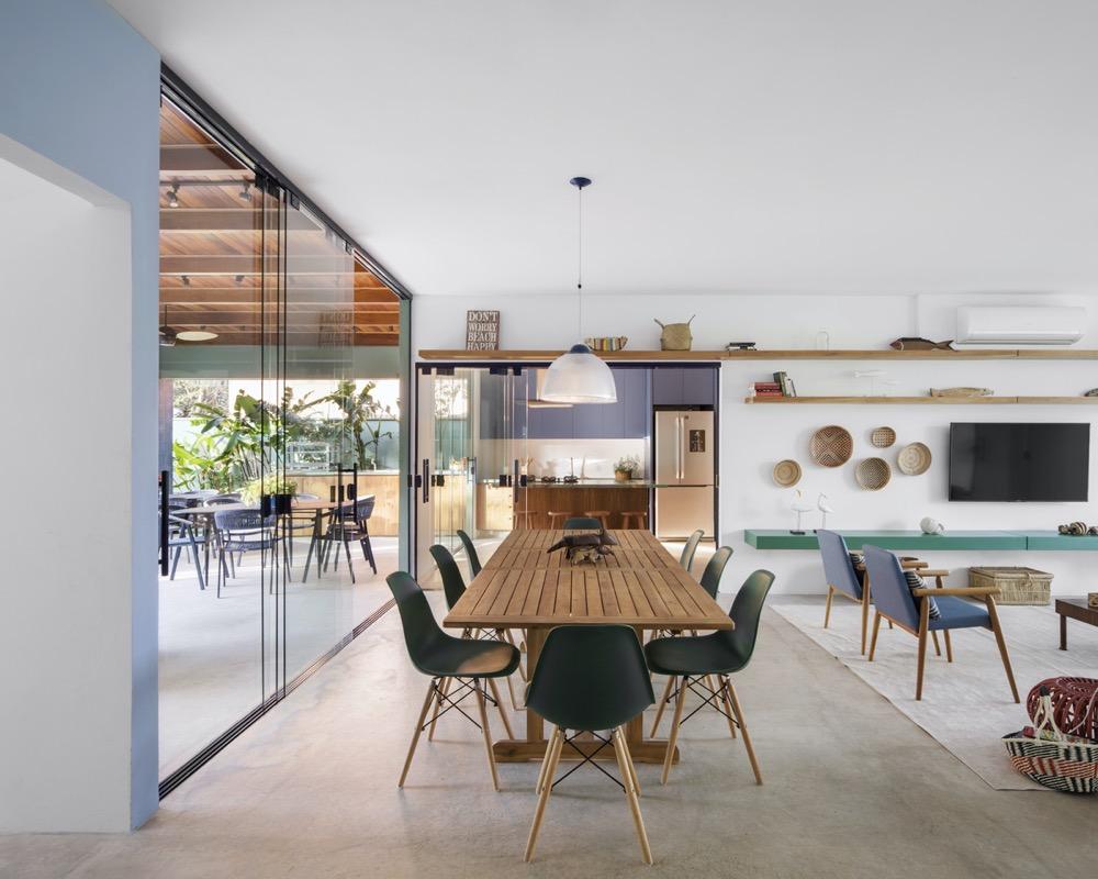 living integrado de casa de praia