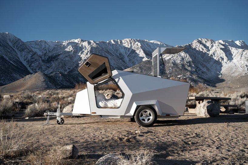 Sala móvel para veículos elétricos permite aventuras sustentáveis