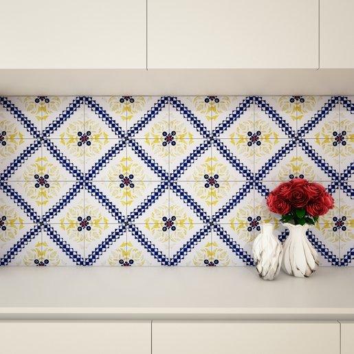 Bancada branca. Parede de azulejos com padrão de linhas azuis e flores amarelas