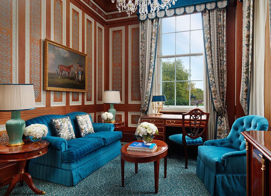 Os fãs de Bridgerton agora podem ficar em um hotel temático da série