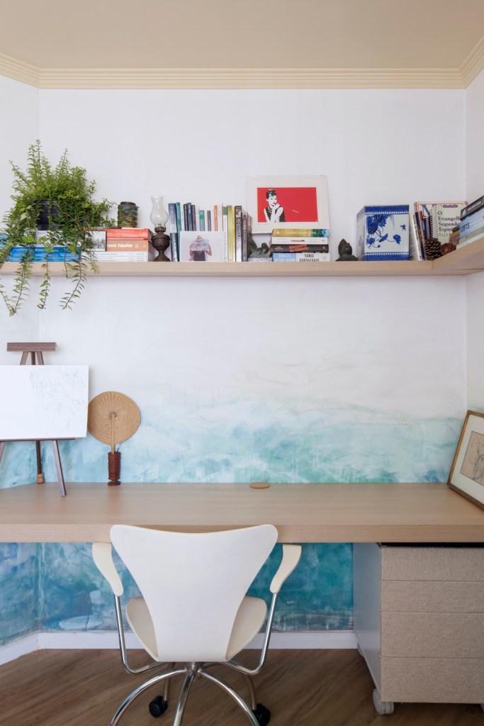 Home office com atmosfera de praia