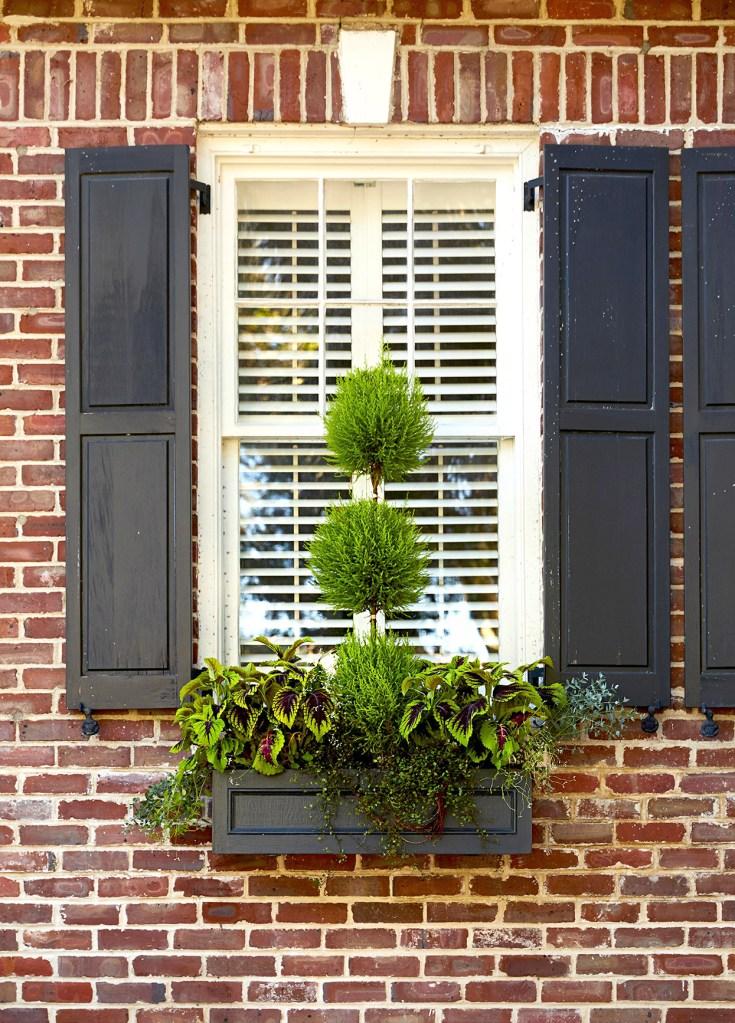 como-fazer-uma-floreira-para-janela-casa.com-3