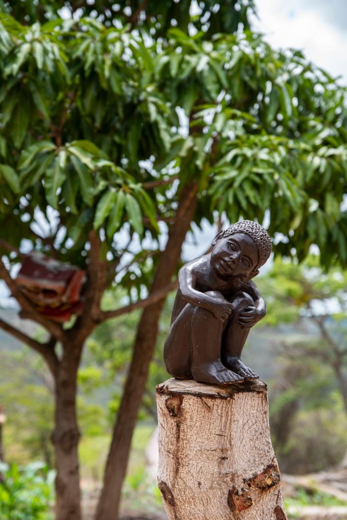 peças decorativas de cerâmica, da Mestra Zezinha, do Vale do Jequitinhonha.