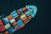 navio-porta-conteineres-zero-emissao-de-carbono-casa.com-1