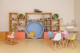 1-tons-pastel-e-moveis-funcionais-marcam-projeto-de-brinquedoteca
