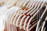 como-arrumar-as-roupas-no-armario-casa.com-1