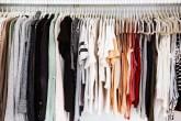 como-arrumar-as-roupas-no-armario-casa.com-3