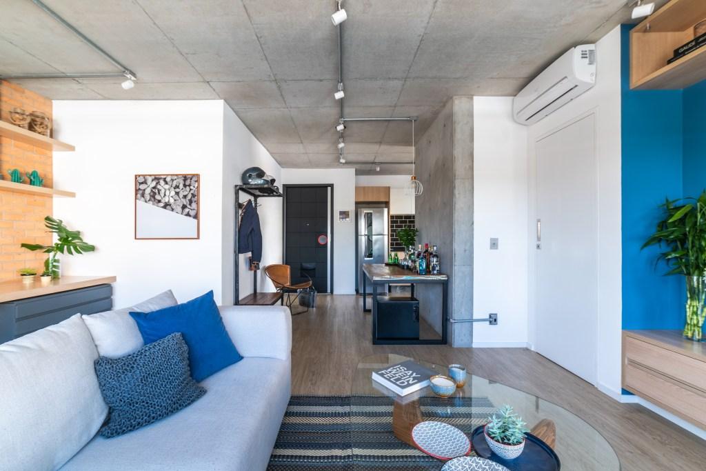 Sala de estar estilo industrial