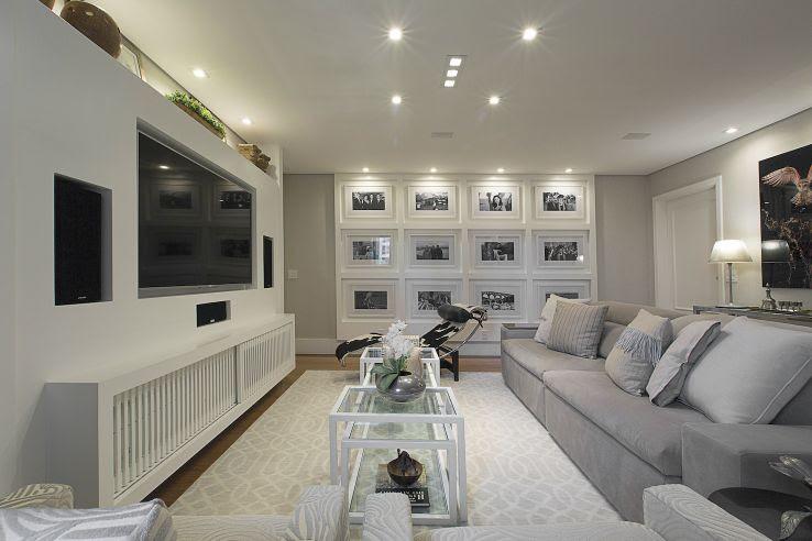 sala de estar com tapete branco