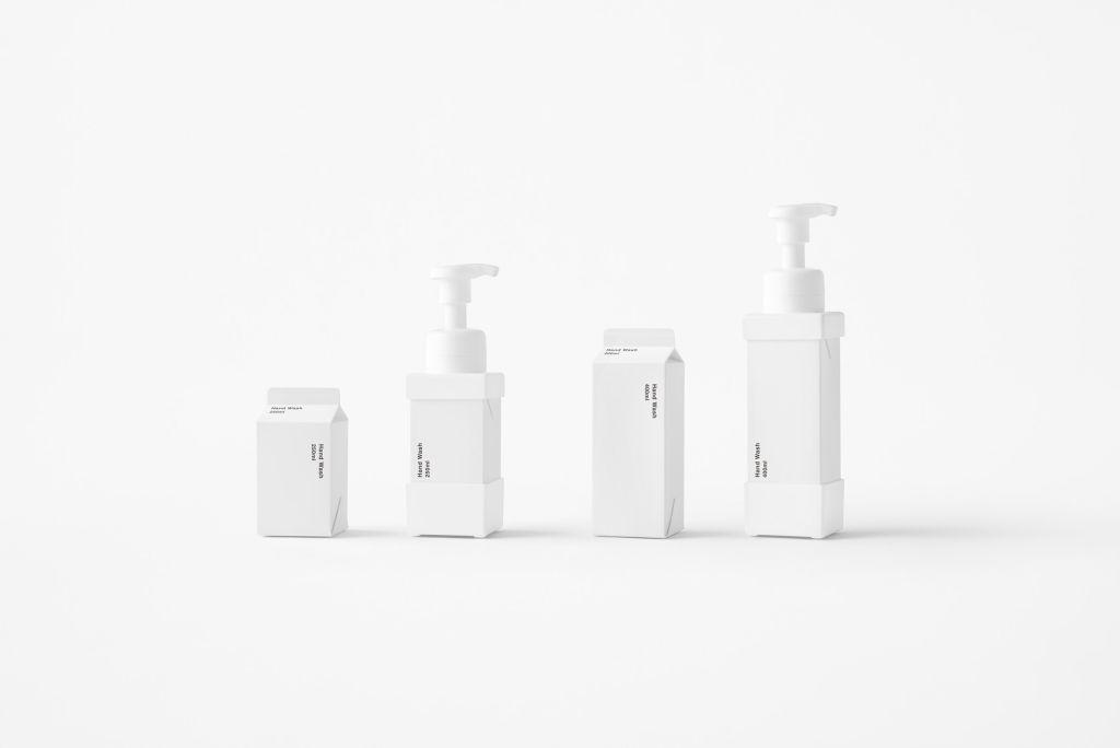 dispensadores de sabonete em formato de caixas de leite