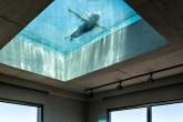 piscina-toda-de-vidro-casa.com-1