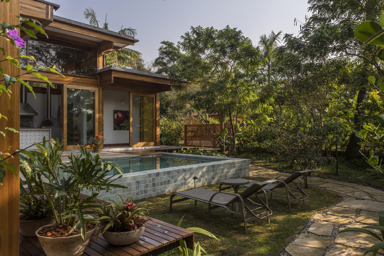 Casa em meio à natureza