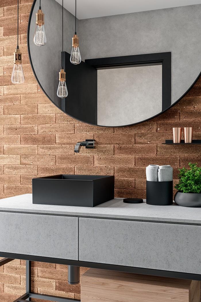 Banheiro de estilo rústico com cuba preta