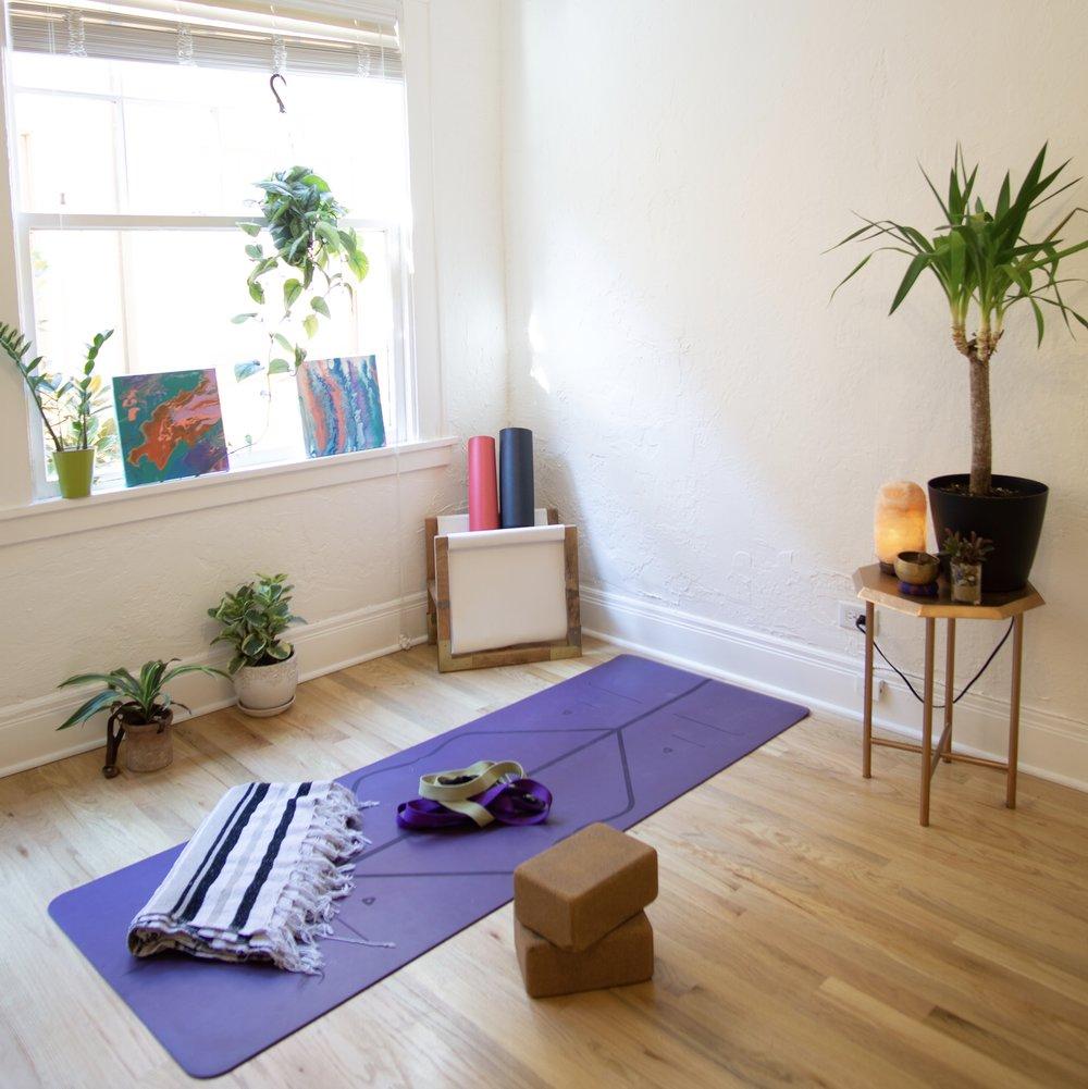 Cantinho zen para praticar Yoga em casa
