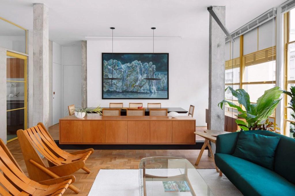 10 interiores com decoracao moderna do meio do seculo casacombr dezeen 7 Vision Art NEWS