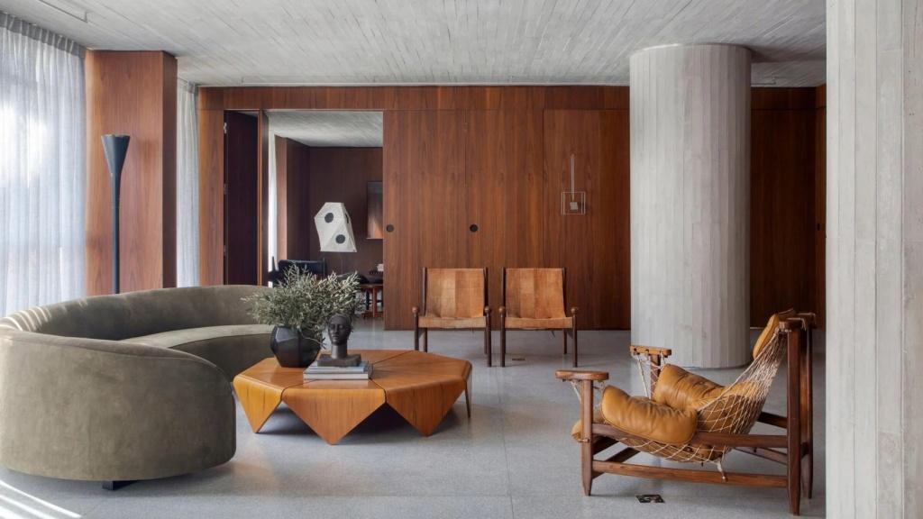 10 interiores com decoracao moderna do meio do seculo casacombr dezeen 9 Vision Art NEWS
