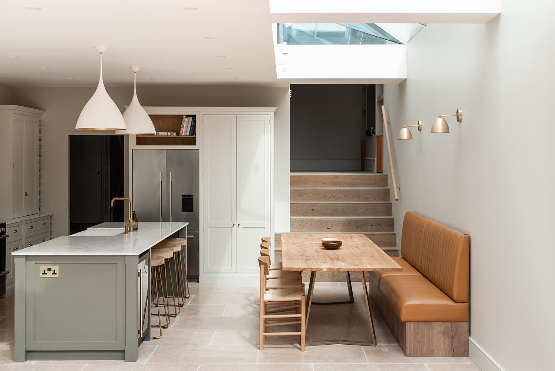 1 cozinha se abre para o jardim nesta casa em Vision Art NEWS