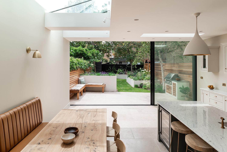 10 cozinha se abre para o jardim nesta casa em Vision Art NEWS