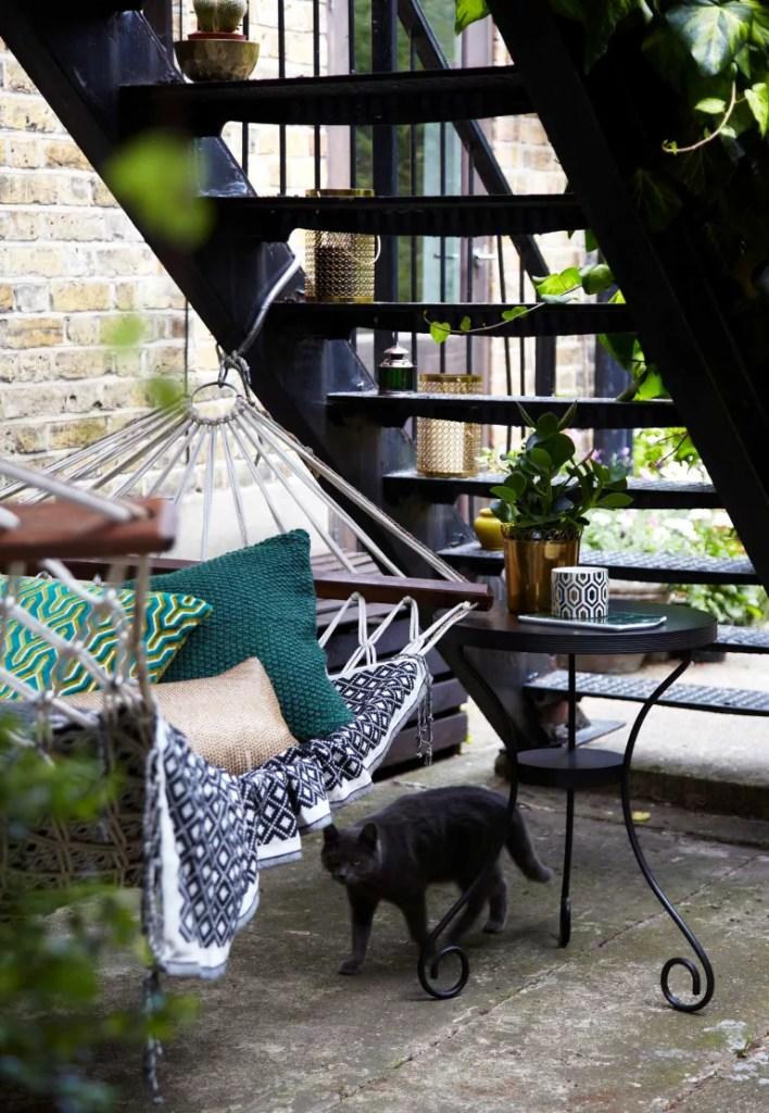 11 jeitos de criar jardins em espaços estreitos e aproveitar as laterais da casa 04 Vision Art NEWS