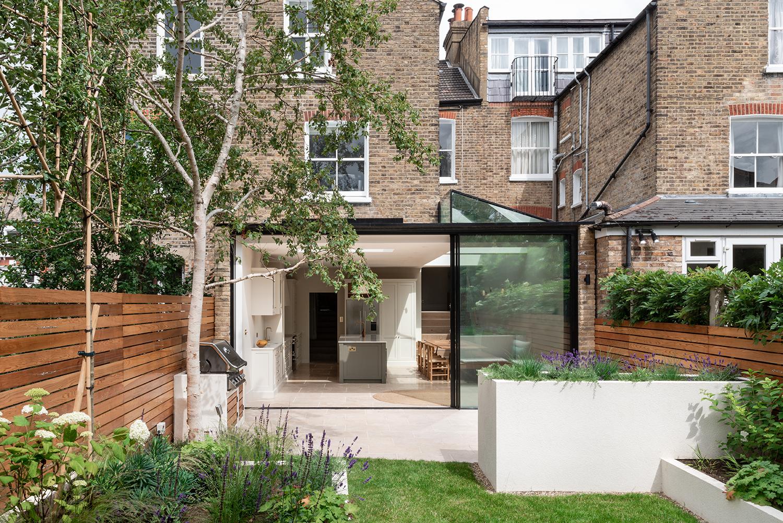 5 cozinha se abre para o jardim nesta casa em Vision Art NEWS