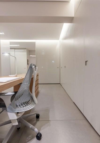 ambientes integrados com estetica minimalista e com tons claros casa.com estudio marion xavier 13 Vision Art NEWS