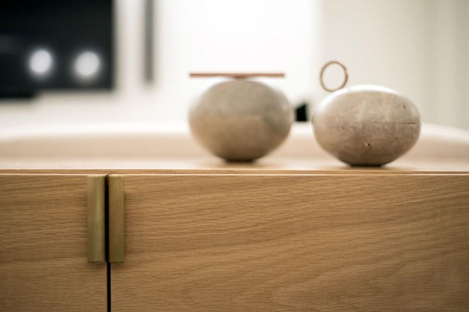 ambientes integrados com estetica minimalista e com tons claros casa.com estudio marion xavier 27 Vision Art NEWS