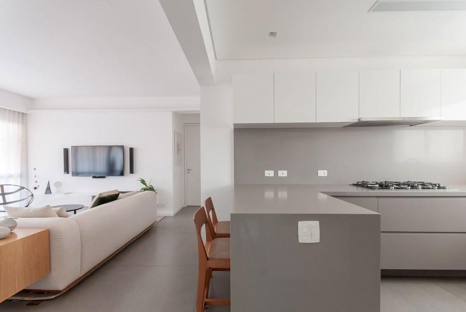 ambientes integrados com estetica minimalista e com tons claros casa.com estudio marion xavier 6 Vision Art NEWS